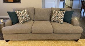 "Like-new comfy sofa, 93"" long in Fort Lewis, Washington"