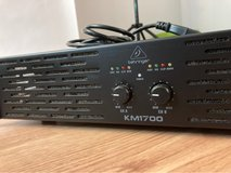 behringer km1700 power amp in Westmont, Illinois