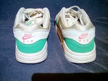 Nike Air Max 1 Watermelon size 3y in Leesville, Louisiana