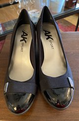 10M Ann Klein Shoes in St. Charles, Illinois