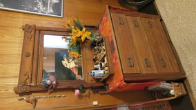 antique 1930 dresser well made nothing wrong in Okinawa, Japan