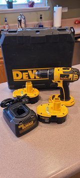 Dewalt Cordless DC720 Drill 2 Battery's Charger Case in Chicago, Illinois
