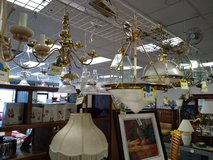 Hanging Light Fixtures in St. Charles, Illinois
