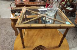End Table w/glass in Fort Campbell, Kentucky