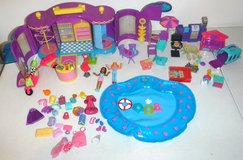 Vintage '99 Polly Pocket Doll Fashion Boutique BBQ Pool n Pets in Joliet, Illinois