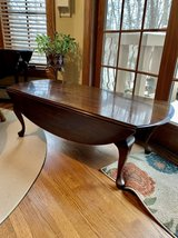 Drop Leaf Coffee Table in Plainfield, Illinois