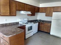 3Bedroom 2 1/2Bath ASK ABOUT MILITARY AND MOVE IN SPECIAL!!  Available in March in Alamogordo, New Mexico