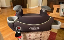 Graco Backless Booster Seat in Chicago, Illinois