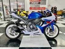 2013 SUZUKI GSXR-600 SPORT BIKE CALL (760)481-9441 in Clarksville, Tennessee