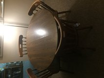 Dining table & 4 chairs in Westmont, Illinois