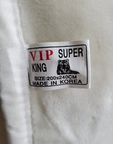 """Super King-Size """"Mink"""" Blanket in Fort Campbell, Kentucky"""