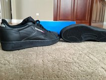 Reebok shoes, vintage / black / new in Naperville, Illinois