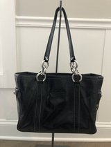 Like new! Coach Patent Leather Tote Purse Bag East-West with Silver Hardware in Naperville, Illinois