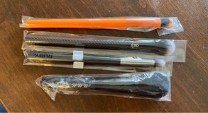 4 MakeUp Brushes in Naperville, Illinois