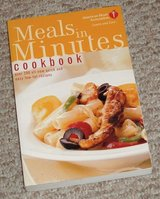 Meals in Minutes Cookbook: Over 200 All-New Quick and Easy Low-Fat Recipes in Bolingbrook, Illinois