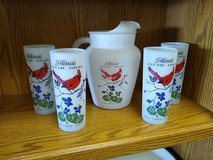 Illinois Pitcher and 4 Glasses Vintage in Naperville, Illinois
