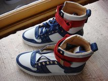 NEW PAIR OF RADII TENNIS SHOES in St. Charles, Illinois