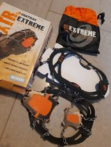 Yaktrax extream outdoor traction XTR, medium size (new) in Ramstein, Germany