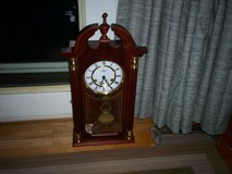 D E A Windup clock - chimes on the half hour and hour - has key in Elizabethtown, Kentucky