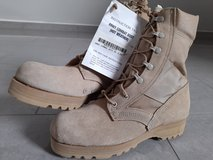 Combat Boots, Hot Weather, 9.5R in Ramstein, Germany