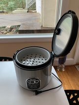 Aroma Rice Cooker and Steamer. (As new, gently used) in Elizabethtown, Kentucky