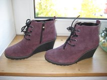 Suede Leather Ankle Boots - New in Ramstein, Germany