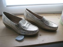 Gold Slip-on Wedge Moccasin (NEW) in Ramstein, Germany