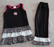 Girls size 6/6X Boutique outfit new condition pants never worn in Morris, Illinois
