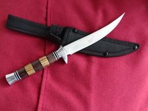 new, very sharp Knife, wooden handle, Blade 5.5 inch in Ramstein, Germany