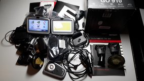TomTom GPS Europe & US Maps Lots of Extras * Cleaning out... Lots must go. in Wiesbaden, GE