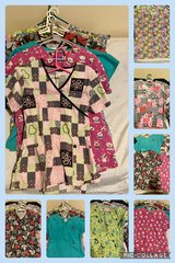 Scrub tops m/l in Fort Campbell, Kentucky