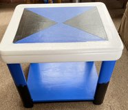 Refurbished Three Tier Ombré End Table/Chair in Norfolk, Virginia