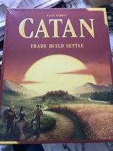 CATAN Board Game-New In the Box in Wiesbaden, GE