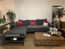 United Furniture -Tayra (Keanu) Sectional as shown including Pillows and Delivery in Wiesbaden, GE