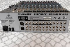 Behringer Eurorack UB2442FX-PRO in Camp Lejeune, North Carolina