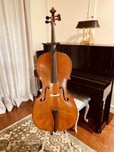 Full size Cello, bow, stand, case - Kingwood in Kingwood, Texas