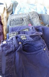(5) Men's  Versace and Levi Jeans in Alamogordo, New Mexico