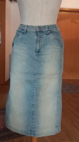Stretch Jeans Skirt in Ramstein, Germany