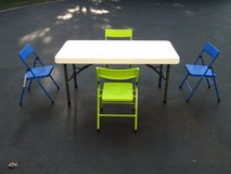 Kids Table and Chairs in Naperville, Illinois