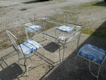 out door metal table and 4 chairs in Rolla, Missouri