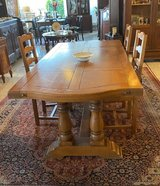Thick solid oak monastery table with 2 extension leaves in Wiesbaden, GE