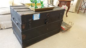 Flat Top Vintage Wood Trunk #2185-342 in Camp Lejeune, North Carolina