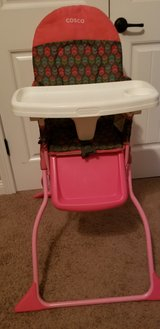 Cosco high chair in Fort Campbell, Kentucky