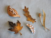 Leaf Pins - Choice of 5 in Naperville, Illinois