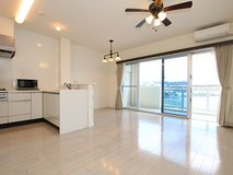 2 Bed apt in chatan in Okinawa, Japan