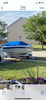 1994 Rinker 180 bowrider boat   with trailer excellent condition in Naperville, Illinois
