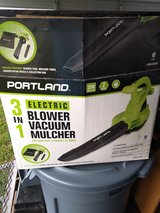 LEAF BLOWER WITH MULCHER ELECTRIC FOR SALE in Kingwood, Texas