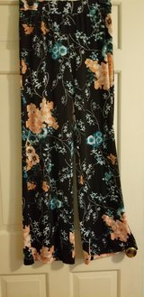 Chico's Flowy Pants in Naperville, Illinois