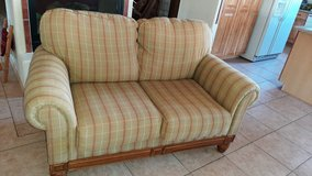 Love seat in Alamogordo, New Mexico