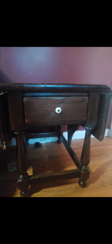 Antique End Table in Fort Campbell, Kentucky